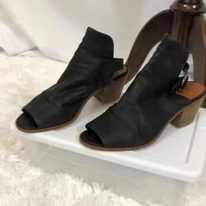 Lucky brand Bray leather bootie buckle strap